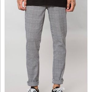 Other - GREY HOUNDSTOOTH PLAID SLIM TAPERED PANT